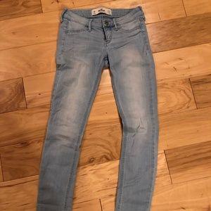 Hollister Sz 0R lightweight jeans